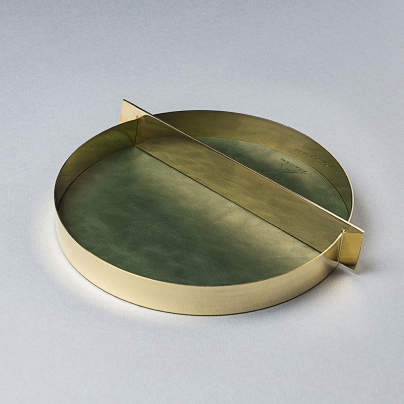 SATURN TRAY GOLD (L)